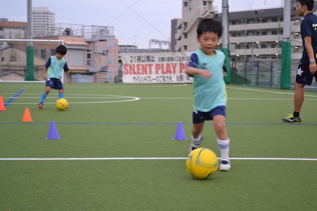 英語,サッカー,大阪,福島区,箕面,習い事,サッカースクール,無料体験